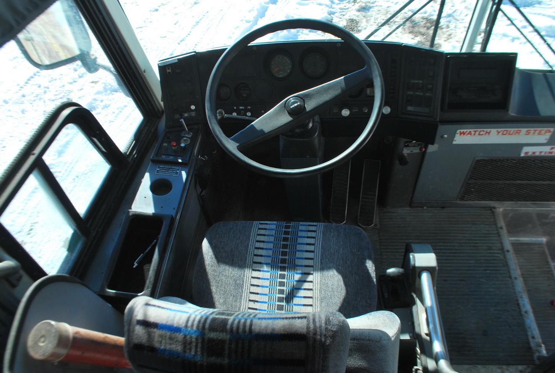 bus%20cabinets%20004_resize  V Engine Diagram on ford 2.0 liter engine, ford duratorq engine, ford sigma engine, flathead ford engine, 2 5 liter duratec engine, ford kent engine, ford's i4 engine, ford duratec v6 engine,